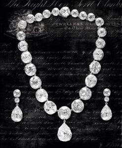 Collana e orecchini di diamanti