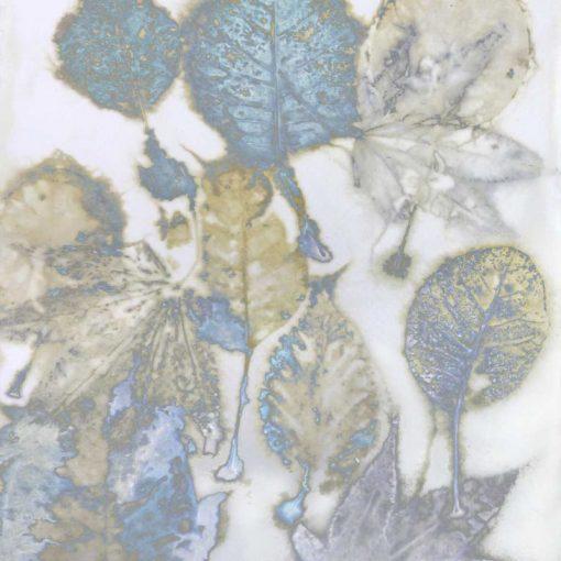 Impronte di foglie azzurre