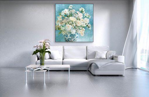 Ambientazione di romantici fiori ornamentali in vaso