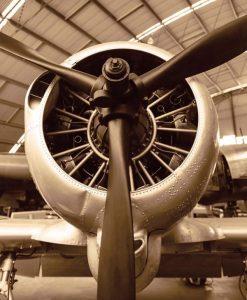 Elica e reattore di un aereo della seconda guerra mondiale