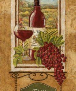 Bottiglia su finestra nei vigneti della Toscana