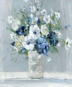Mazzo di fiori con tonalità blu