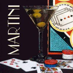 Bicchiere di martini e carte da gioco