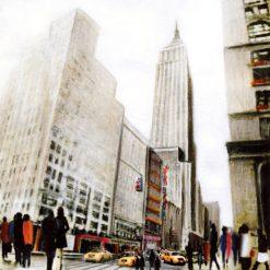 Centro di New York con passanti