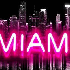 """Neon rosa con scritta """"Miami"""""""
