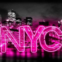 """Neon rosa con scritta """"NYC"""""""