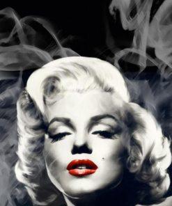 La famosa diva avvolta dal fumo Marilyn Monroe
