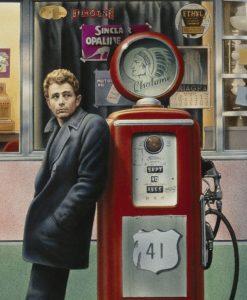 Ritratto di James Dean vicino a una pompa di bezina