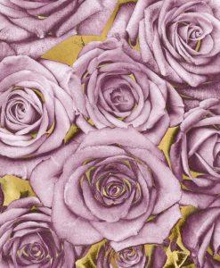 Composizione di rose rosa su sfondo dorato
