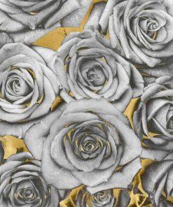 Composizione di rose color argento su sfondo dorato