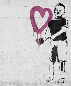 Murales del famoso artista Banksy: Bambino con cuore