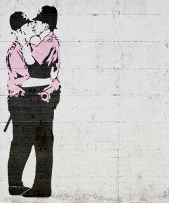 Murales del famoso artista Banksy: Bacio fra poliziotti
