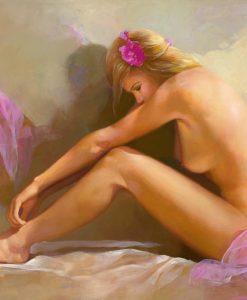 Donna sensuale con fiori fra i capelli