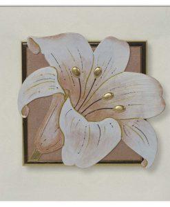 Tema in rilievo - Decori materici - Dettagli in foglia metallica color oro