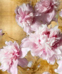 Dipinto con peonie rosa su sfondo color oro