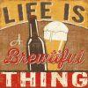 Illustrazione con birra artigianale e messaggio