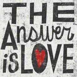 "Scritta decorativa in stile grunge ""The answer is love"""