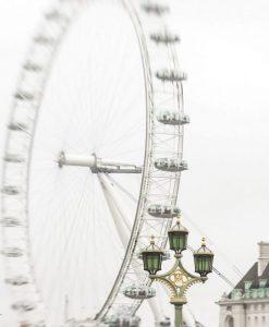 Fotografia ad effetto vintage di una ruota panoramica a Londra