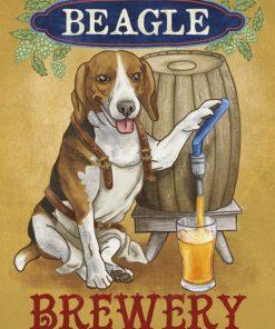Illustrazione di un beagle che spilla della birra da una botte