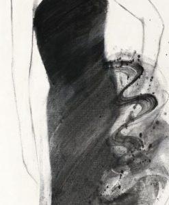 Acquerello di un vestito nero con effetti sfumati