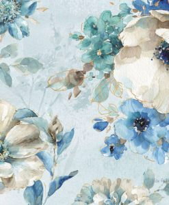 Composizione con vari fiori color blu e dettagli dorati