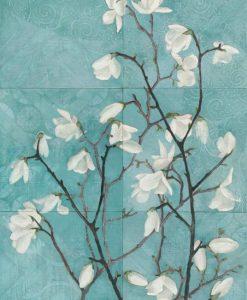Dipinto decorativo con rami di magnolia fioriti su sfondo blu
